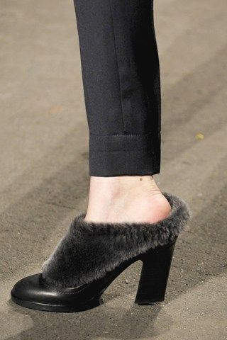 fur ankle boot modetrends