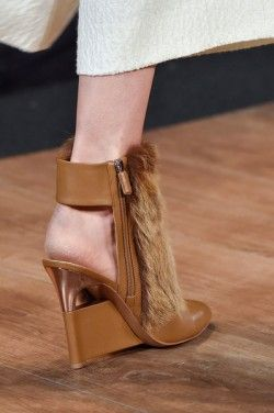 fur high heeled shoe modetrends